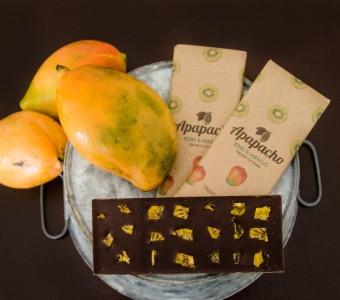 Chocolate oscuro con Mango y Kiwi